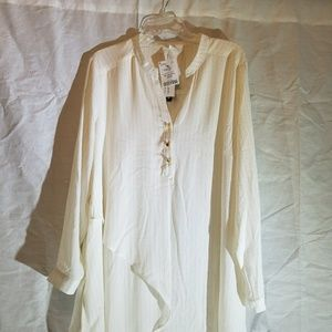 Cream and gold blouse NWT